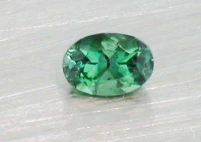 Green Tourmaline Oval (7mm x 5mm)